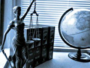 6 Advantages Professional Translator - law-ata-350